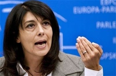 Roberta Angelilli Classify Italian MEP Roberta Angelilli and where can she pass