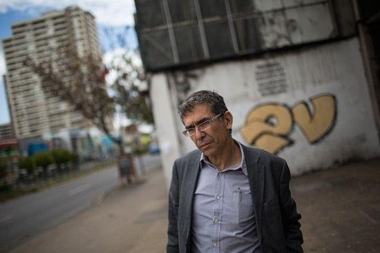 Roberto Brodsky Roberto Brodsky y el ambiente literario chileno Ac te sacan la