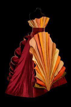 Roberto Capucci Roberto Capucci on Pinterest Italian Fashion 1980s and