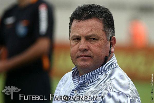 Roberto Cavalo Cricima confirma Roberto Cavalo como novo treinador