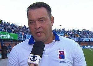 Roberto Fernandes Roberto Fernandes ameniza derrota do Paran e faz contas com a tabela