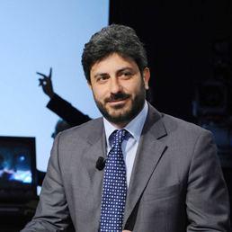 Roberto Fico Chi Roberto Fico nuovo presidente della commissione di vigilanza