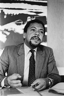 Roberto Leal Monteiro httpsuploadwikimediaorgwikipediacommonsthu