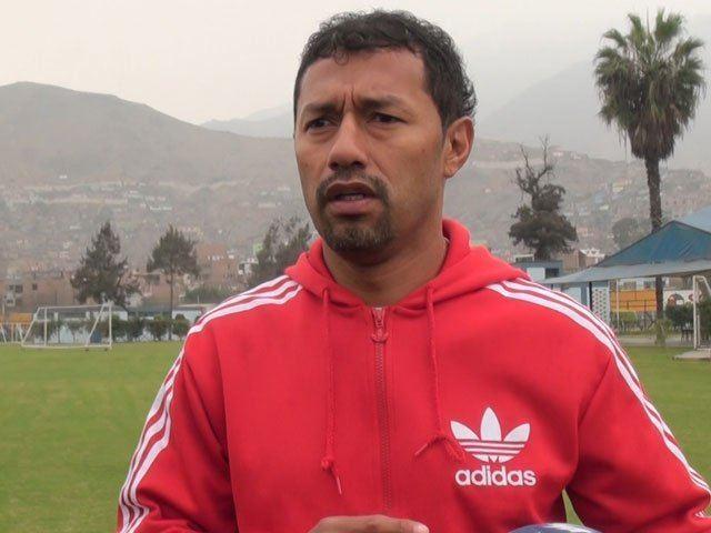 Roberto Palacios Roberto Palacios Dejen trabajar a Markarin