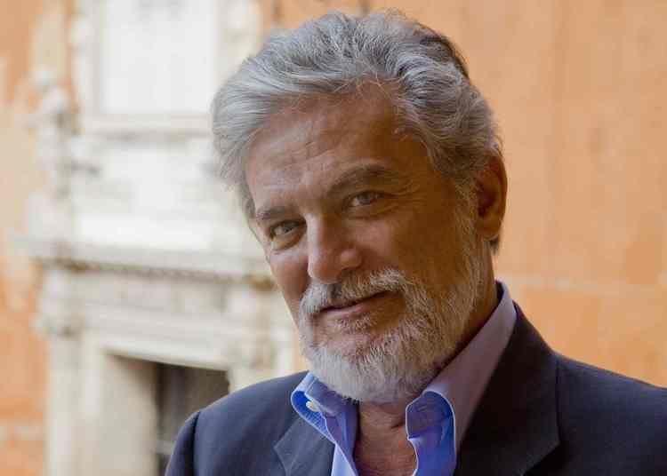 Roberto Pazzi PAZZI ROBERTO