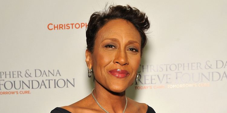 Robin Roberts (newscaster) Robin Roberts Comes Out Thanks 39Long Time Girlfriend39