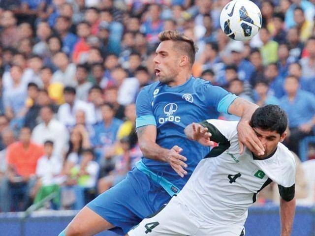 Robin Singh (footballer) Interview with Star Footballer Robin Singh FitoPlay