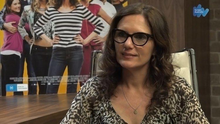 Robyn Butler WriterProducer Robyn Butler on Now Add Honey YouTube