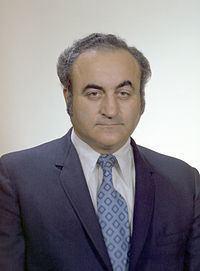 Rocco Petrone httpsuploadwikimediaorgwikipediacommonsthu