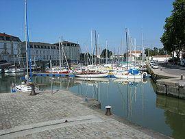 Rochefort, Charente-Maritime httpsuploadwikimediaorgwikipediacommonsthu