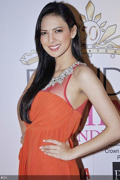 Rochelle Rao Bigg Boss 9 All that happened at the grand premiere