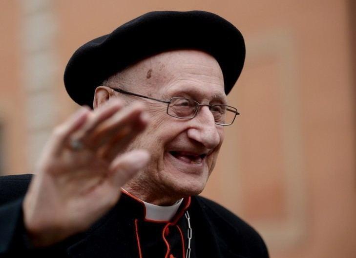 Roger Etchegaray Cardinal Etchegaray Il est si simple que jai envie de l