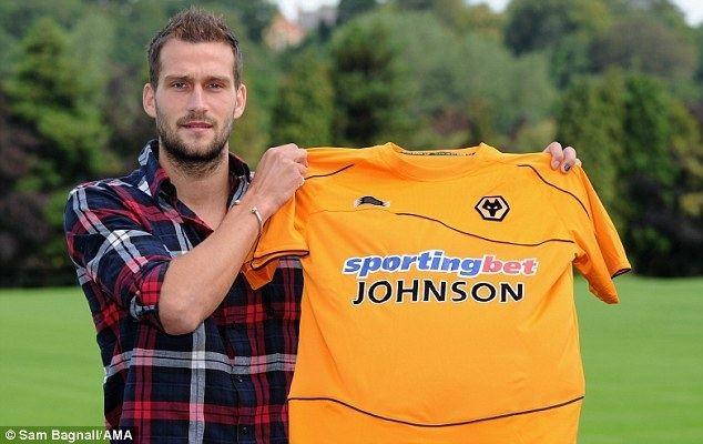 Roger Johnson (footballer) Roger Johnson signs for Wolves Daily Mail Online