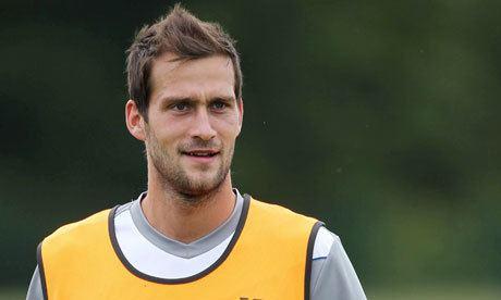 Roger Johnson (footballer) Wolves complete 7m deal for Birmingham defender Roger