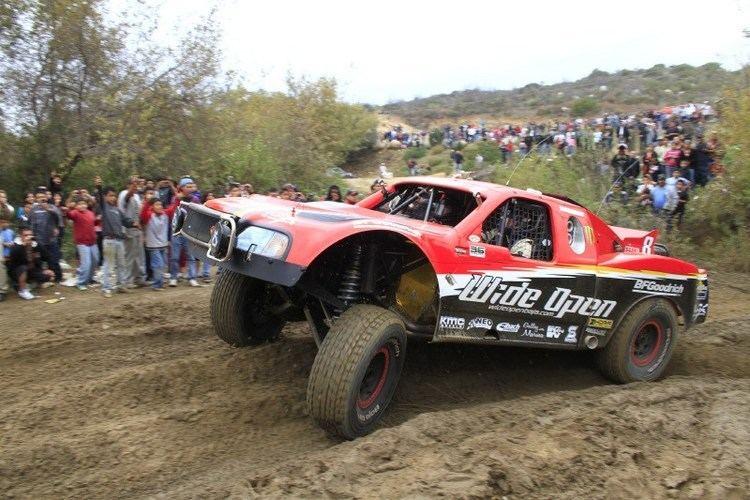 Roger Norman (racing driver) Roger Norman Never Gives up at Baja 1000RockCrawlercom