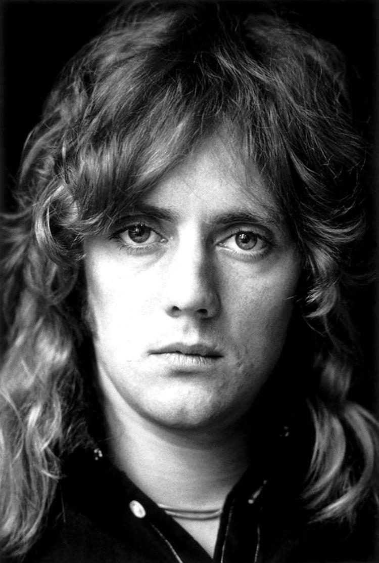 Roger Taylor (Queen drummer) Happy birthday Roger Taylor Classic Rock Stars Birthdays