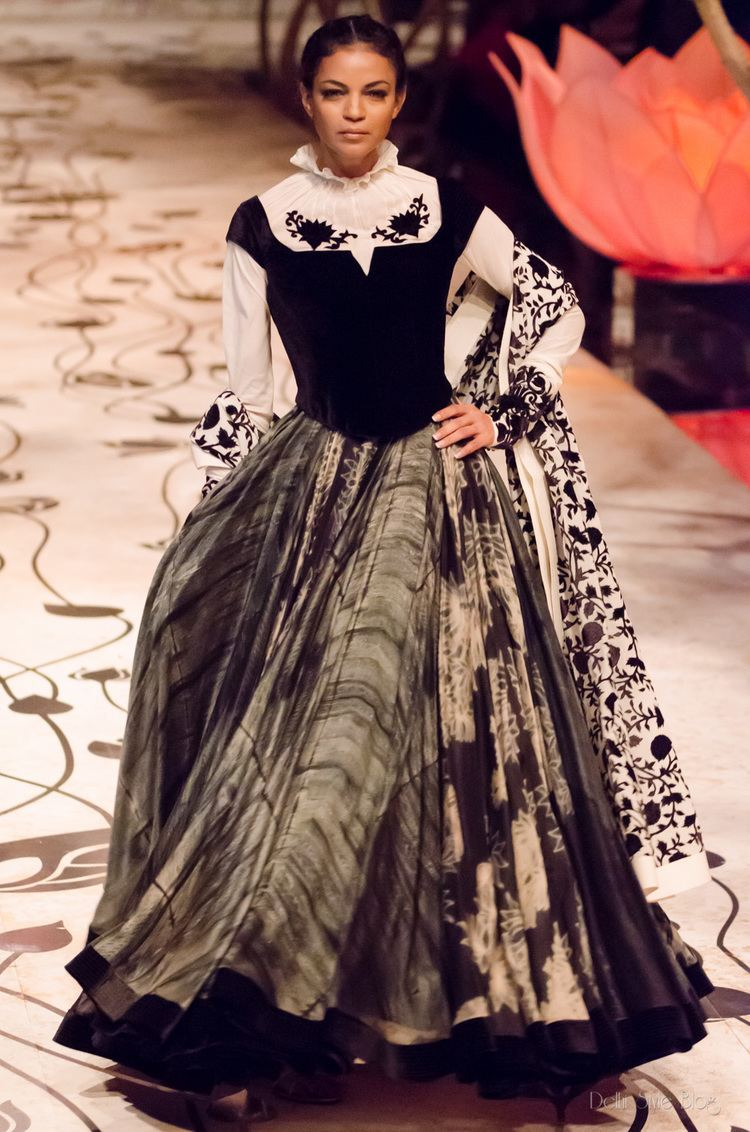 Rohit Bal Rohit Bal India Bridal Fashion Week 2013 The Mulmul Masquerade