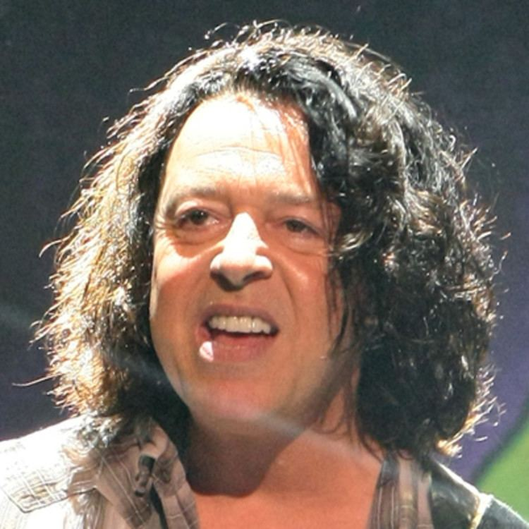 Roland Orzabal Roland Orzabal Music Producer Songwriter Singer Biographycom