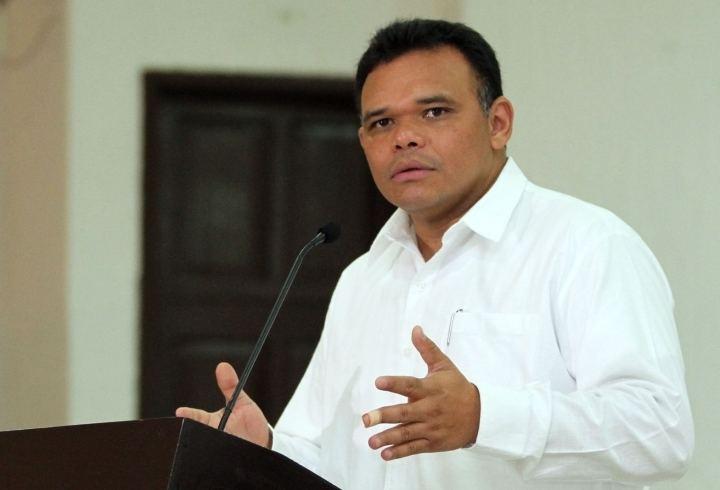 Rolando Zapata Bello Rolando Zapata Reestructura al gabinete La Verdad Noticias
