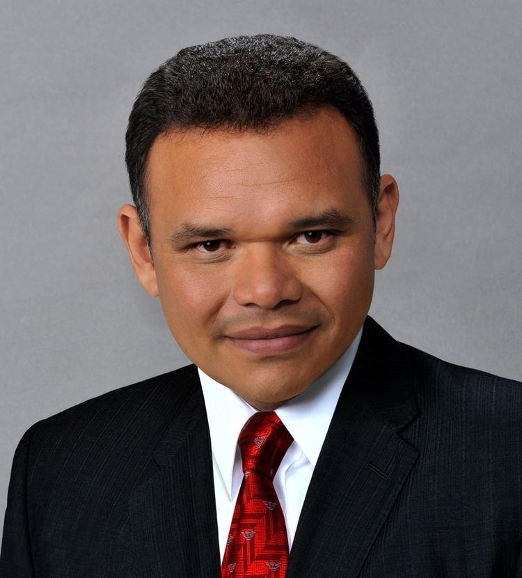 Rolando Zapata Bello uploadwikimediaorgwikipediacommons668ROLAND