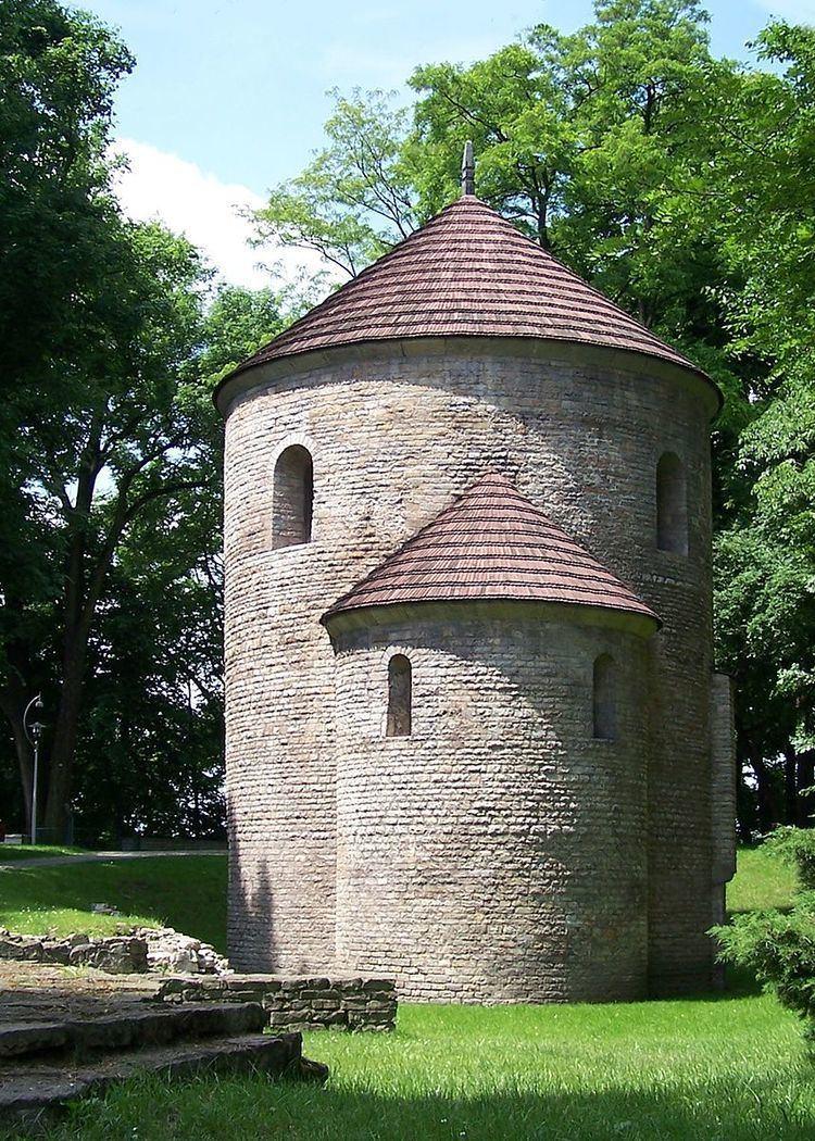 Romanesque architecture in Poland