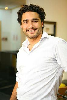 Romero Rodrigues httpsuploadwikimediaorgwikipediacommonsthu