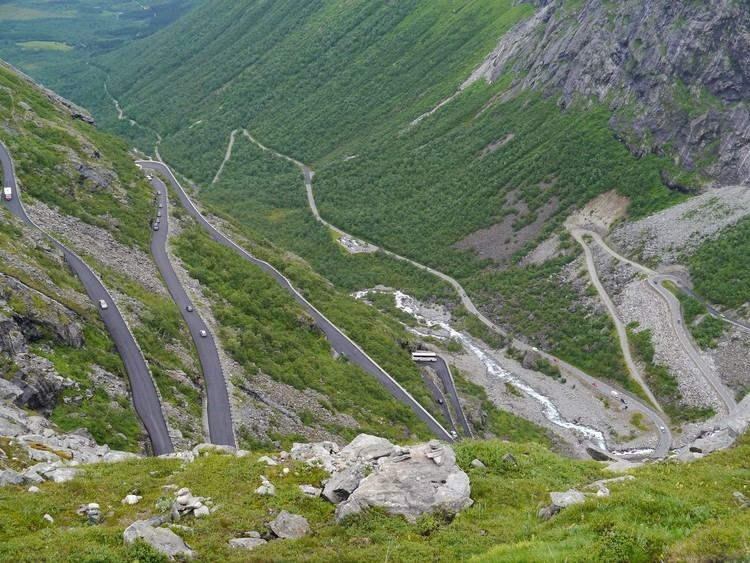 Romsdal FileMre og Romsdal Trollstigen 07JPG Wikimedia Commons