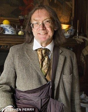 Ronald Hutton Professor Ronald Hutton claims Stonehenge is only half