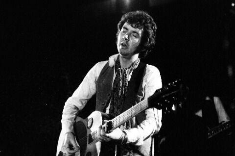 Ronnie Lane Ronnie Lane Wikipedia the free encyclopedia