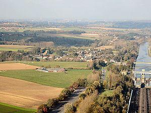 Ronquières httpsuploadwikimediaorgwikipediacommonsthu