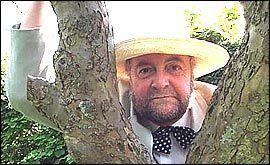 Rony Robinson httpsuploadwikimediaorgwikipediaen119Ron