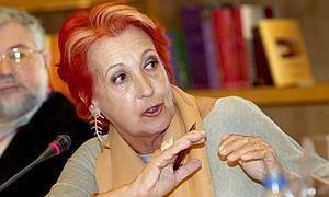 Rosa María Calaf El da que un militar serbobosnio trat de violar a Rosa Mara