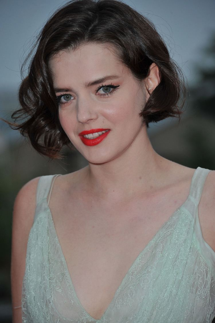 Roxane Mesquida ROXANE MESQUIDA FREE Wallpapers amp Background images