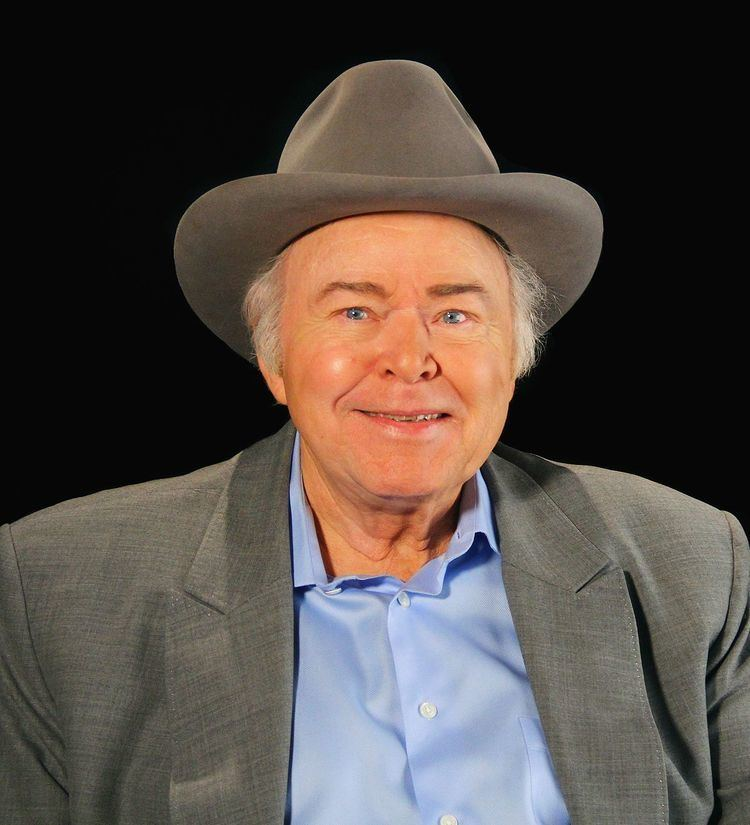 Roy Clark httpsuploadwikimediaorgwikipediacommonsthu