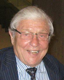 Roy McMurtry httpsuploadwikimediaorgwikipediacommonsthu