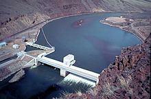 Roza Dam httpsuploadwikimediaorgwikipediacommonsthu