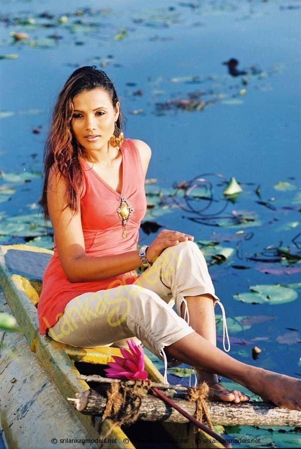 Rozanne Diasz Rozanne Diasz Leanage 01 Sri Lankan Models Network