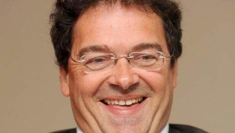 Rudy Aernoudt Rudy Aernoudt helpt Modrikamen met partijprogramma HLNbe