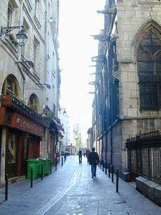 Rue Saint-Séverin, Paris httpsuploadwikimediaorgwikipediaenthumb0