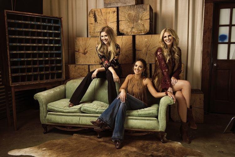 Runaway June Rising Trio Runaway June Sends Debut Single to Country Radio