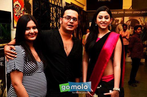 Rupkatha Noy Soumitra Chatterjee Nina Chakraborty at the premiere of Bengali