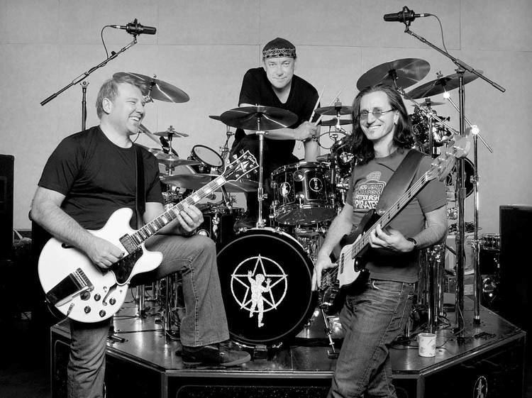 Rush (band) Yes RUSH Is Retiring From Touring Confirms Guitarist Alex Lifeson