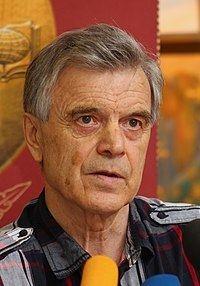 Ruslan Khasbulatov httpsuploadwikimediaorgwikipediacommonsthu