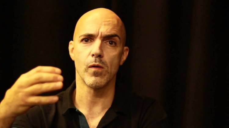 Russell Maliphant Russell Maliphant Interview Aakash Odedra quotCUTquot YouTube