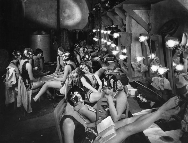 Russian Dressing (film) movie scenes Chorus girls relaxing in the dressing room between scenes during the filming of Broadway