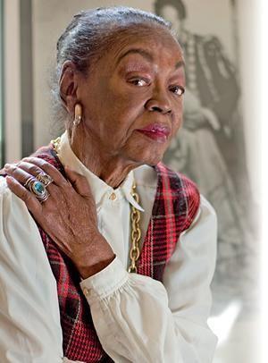 Ruth de Souza Ruth de Souza Primeira atriz negra brasileira a fazer novela