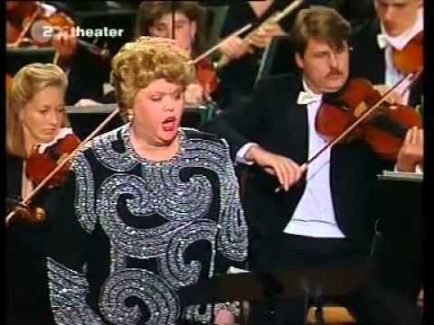 Ruth Falcon Ruth Falcon RStrauss orchesterlieder 6 Garmisch 1994 YouTube