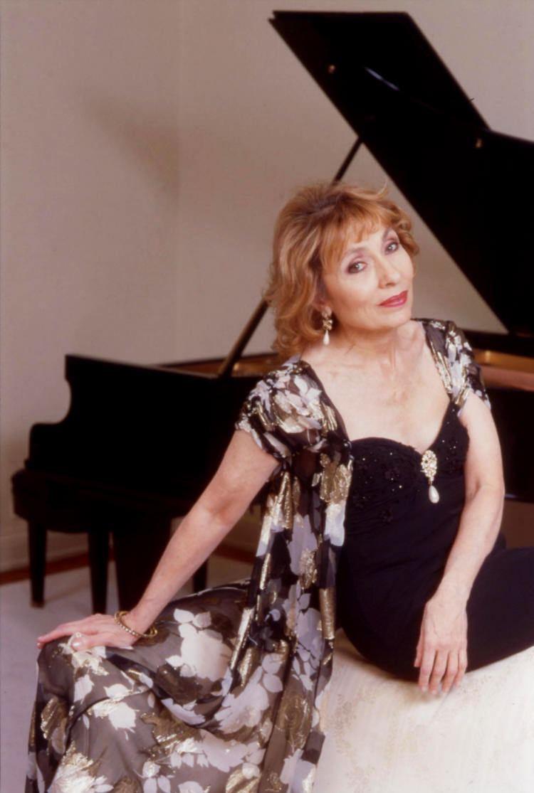 Ruth Laredo Ruth Laredo Piano Short Biography