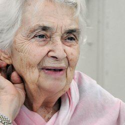 Ruth Pfau womenthenewscompkuploadscelebs1424951893jpeg