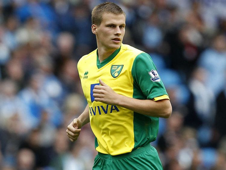 Ryan Bennett (footballer) Ryan Bennett Norwich City Player Profile Sky Sports